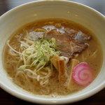 麺神 まるよし - 特製らーめん 630円