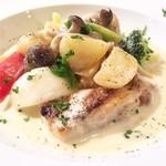 肉とワインのイタリアンバル ポリマエ - いわい鶏のクリーム煮