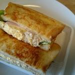 ベーカリーパオ - Newフレンチトーストサンド¥290