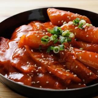 韓国料理の人気定番メニューの1つ!トッポギ~