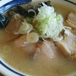 らーめん六文銭 - 料理写真:野菜 塩