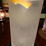 バー・ダブコット - ボストンクーラー。3杯飲みました。