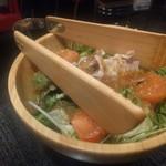 銀龍 - サラダ…肉が入っていて食べやすい