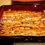 うなぎ 徳 - 料理写真:鰻のボリュームもあります。