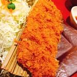柿ェ門 - チーズミルフィーユとんかつ定食 1554円
