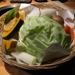 吟味屋 - 焼野菜盛合せ 750円