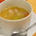 ドラゴンカフェ - セットのスープ