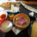 福浦漁港 みなと食堂 - 真鶴定食2,180円(税別)