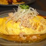 紙ひこうき - 料理写真:オムライス和風鶏そぼろ添え 950円税抜