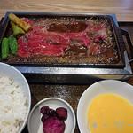 焼肉食堂やんま - 和牛肩ロース(1800円)