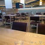 焼肉食堂やんま - テーブル席