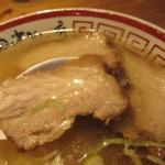 田中そば店 - 厚めの煮豚3枚入