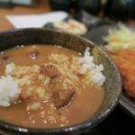 62496746 - ごはん・みそ汁・キャベツ以外にも カレーや納豆や漬物・キムチ・生卵なども食べ放題!