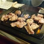 焼肉TABLEさんたま - プリプリ食感がたまらん♡ タンとビール最強(笑)