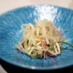 CINA New Modern Chinese - セロリと紅芯大根のCINAサラダ
