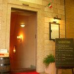 ピッツェリア・サバティーニ - お店の入り口