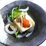 ふる里 - おとおしの白子豆腐とふぐ皮のゆびき