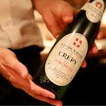 ワイン・チーズ&天然木 Unico - クレピィ・ラ・ペルシェット 2015