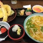 かかしうどん - 2017.1 うどん定食 870円