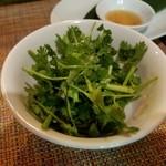ikebukurobetonamubisutoroajiantao - 追加のパクチー食べ放題