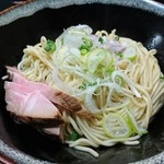 麺処 晴 - 和え玉・塩 200円