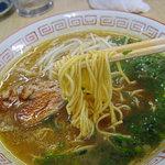 6251168 - 細目のストレート麺