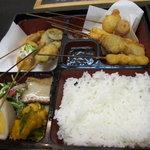 Sakuramai - 串揚げ箱弁当980円