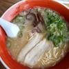 博多ラーメン一龍 - 料理写真:博多ラーメン571円