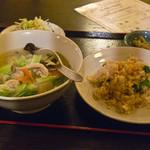 Yoka - 海鮮刀削麺のセット