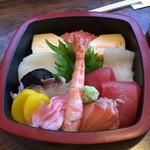 芝勝寿司 - ちらし並