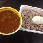 カレーパルファン - 牛すじカレー&おからキーマカレーMIX+ゆで卵