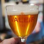 ベルギービール デリリウムカフェ レゼルブ - ヴァレイル・エクストラ(950円)