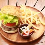 ARK HiLLS CAFE - ARK HiLLS ハンバーガー