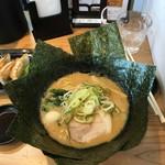 麺家 神明 - のりとんこつ(醤油)