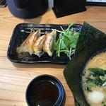 麺家 神明 - 餃子+ナムル