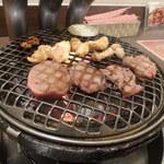 ジューシー・ディッシュ 焼肉南大門 -