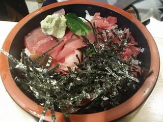 うおがし - マグロすき身丼
