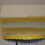 62529947 - たまごのショートケーキ 450円