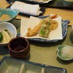 天ぷら割烹 和 - レンコン、しし唐、海老