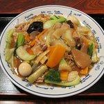 中華料理吉勝 - 五目焼きそば(700円)