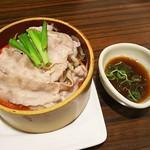 ワ ダイニング 楽 - 豚肉の蒸ししゃぶ温製サラダ
