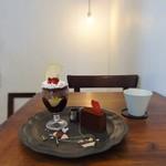 BORTON - ジャスミンのグラスデザートとショコラテリーヌ