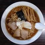 龍泉食堂 - 料理写真:中華そば大盛