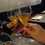 白(オレンジ)ワインで乾杯