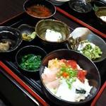 魚 野菜 酒 しゃばらむ - 海鮮丼ランチ