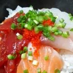 魚 野菜 酒 しゃばらむ - 海鮮丼