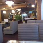 喫茶店さくら - 店内の様子です。(2017年2月)