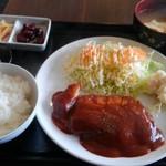季春 - 豚カツランチ 税込700円