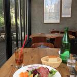 62567094 - パスタランチの前菜、フォッカッチャ、ジンジャーエール