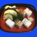 御鮓所 醍醐 - 茶巾寿司と大阪寿司の組合せ